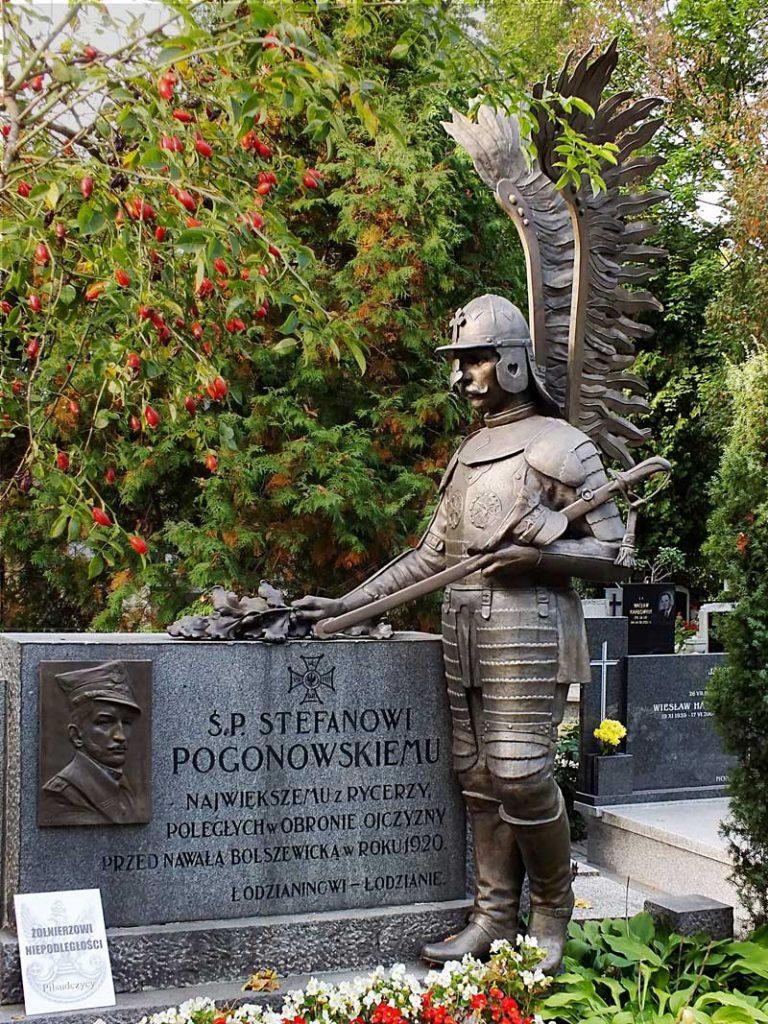 Pomnik nagrobny Stefana Pogonowskiego, fot.A. Pankanin.