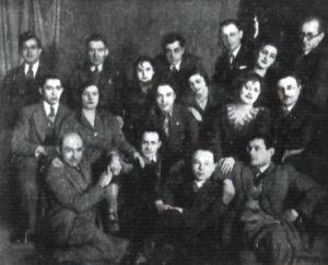 """Zespół teatru Ararat, 1931. Irmina Gadowska, Katedra Historii Sztuki Uniwersytetu Łódzkiego. """"Don Kichot"""" sztuki.  Zarys twórczości Icchoka (Wincentego) Braunera (1887-1944)"""